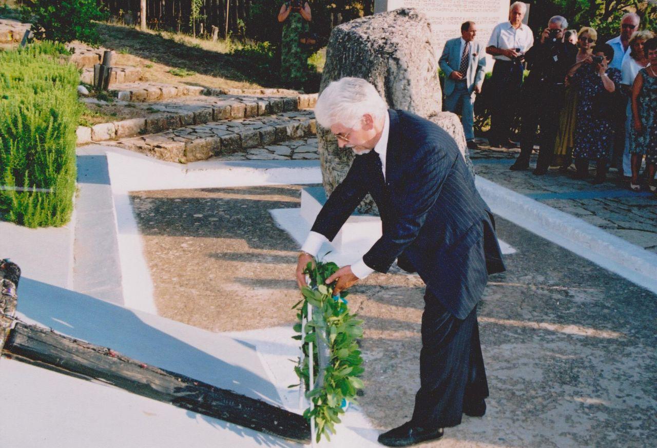 Έφυγε ο «Ιππότης του Ελληνισμού», Θ. Γ. Σπυρόπουλος