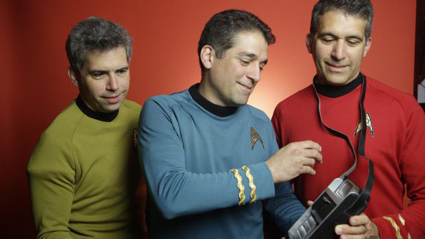 "Greek Americans  are on the team of ""Final Frontier Medical Devices""  QUALCOMM TRICORDER XPRIZE COMPETITION"