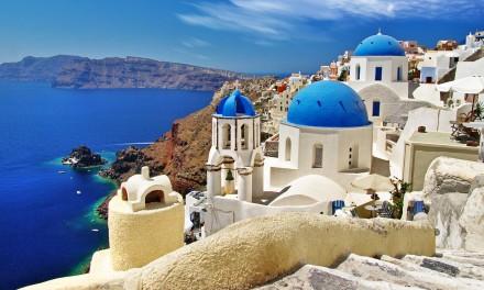 «ΟΠΟΙΟΣ ΑΓΑΠΑ ΤΗΝ ΠΑΤΡΙΔΑ ΤΟΥ, ΤΗΝ ΚΡΙΝΕΙ ΑΥΣΤΗΡΑ»  Έχει η Ελλάδα ομορφιές…