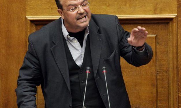 Αλέξανδρος Τριανταφυλλίδης προς την Ομογένεια: «Βάλτε πλάτη: Η Πατρίδα σας χρειάζεται»