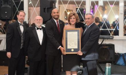 "Steve Kontos Accepts ""Faith in Paterson"" Award"