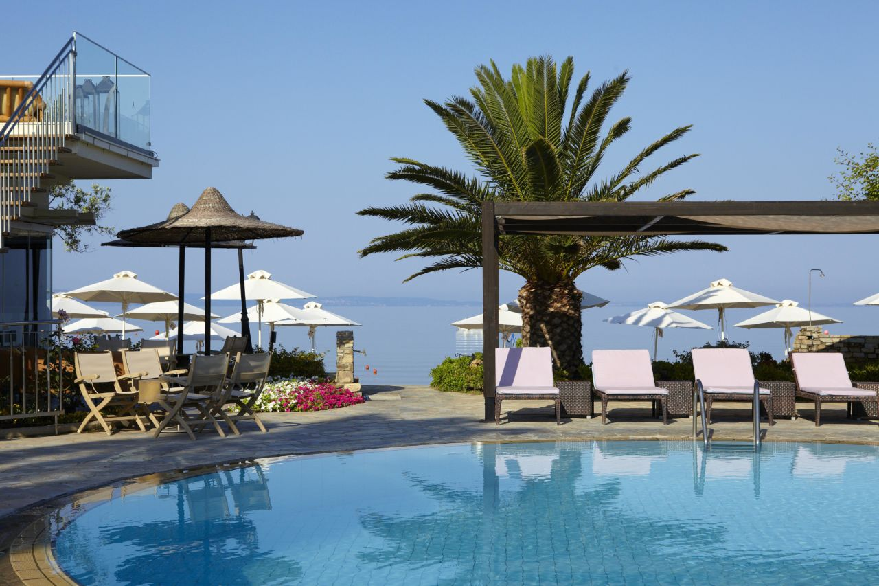 Anthemus Sea Beach Hotel And Spa A Garden Of Eden On Halkidiki S Second Peninsula Hellenic