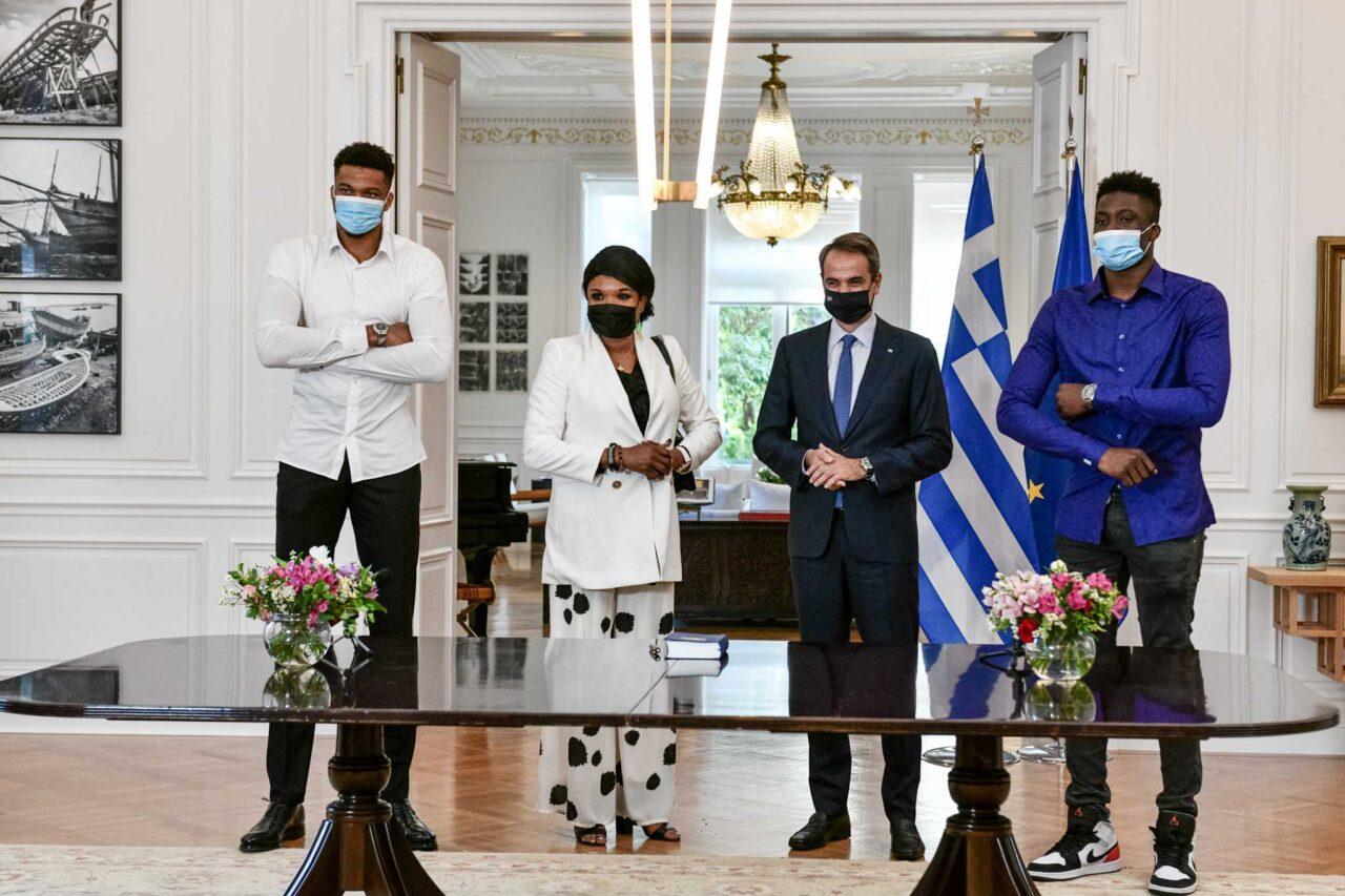 Greek citizenship for Veronika and Alex Antetokounmpo - Hellenic News of America
